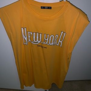 Zara Muscle Tee Medium